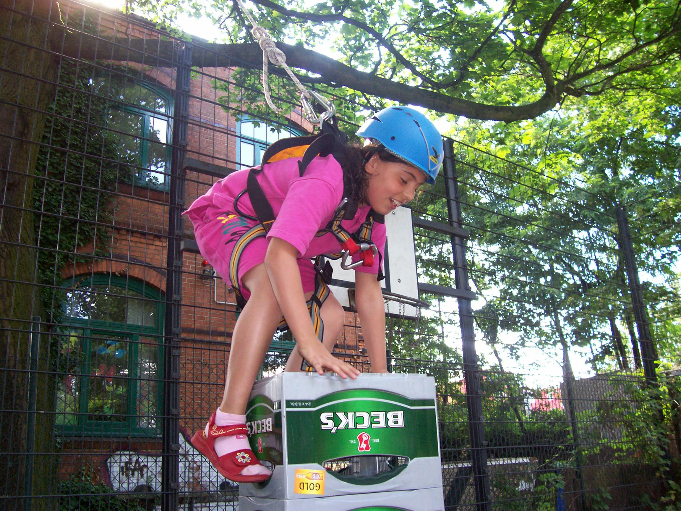 Kletterausrüstung Baum : Kistenklettern u2013 mädchenoase